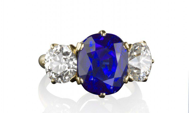 Rare Kashmir sapphire and diamond ring sets new world ...