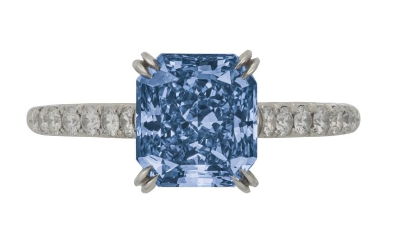 Christies to hold Magnificent Jewels Auction in April